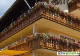 Balkonbretter Ornament Fichte Lärche Balkonbrett Holzbalkon Balkongeländer holz3