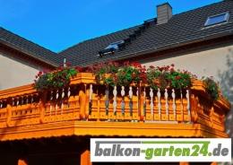Balkonbretter Kufstein nord. Fichte fuer Balkongelaender aus Holz